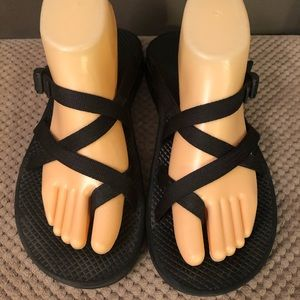 CHACO MEN SANDALS W/OUT ANKLE STRAP SIZE 9 / 42